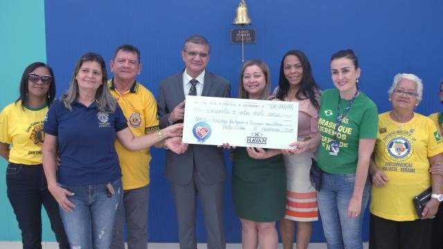Núcleo de Apoio à Criança com Câncer recebe doação de R$ 68 mil de programa social da Havan - Gente de Opinião