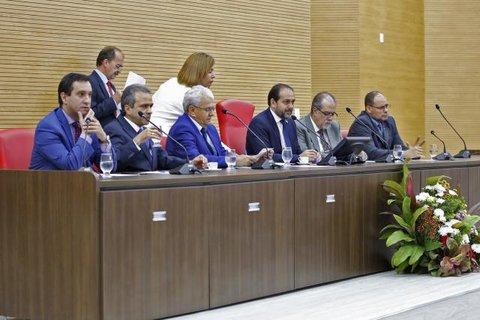 Deputado Laerte Gomes abre trabalhos da Assembleia defendendo o diálogo
