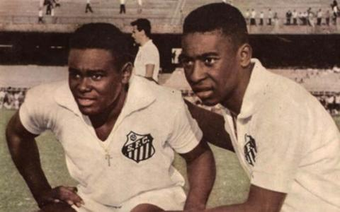 Morre ex-jogador Coutinho, célebre parceiro de Pelé no Santos  e campeão mundial