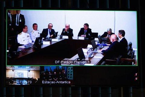 Bolsanaro inaugura sistema de telecomunicações operado pela Oi na estação brasileira na Antártica