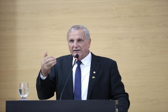 Deputado Adelino Follador garante apoio aos agentes penitenciários e cobra ação do Executivo - Gente de Opinião