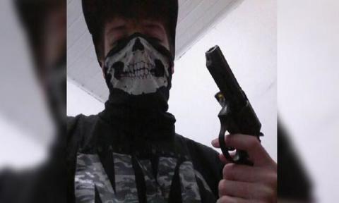 Especialistas dizem que discurso pró-arma é gatilho para tragédias como a de Suzano