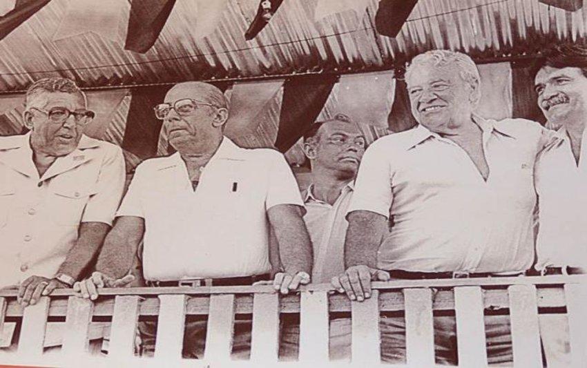 """Teixeirão, o homem que elegeu três senadores, a maioria dos deputados federais e """"plantou"""" cidades em Rondônia"""
