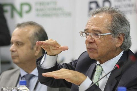 Paulo Guedes desiste de ir à Câmara para debater reforma da Previdência