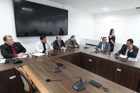 Situação falimentar da Caerd preocupa deputados estaduais