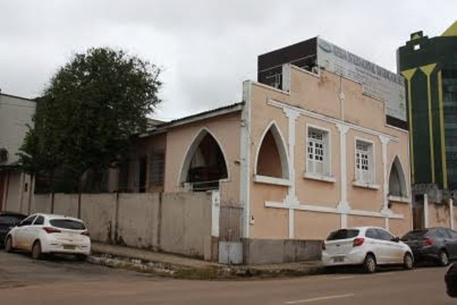 Histórias da cidade onde nasci e vivo - A Capela dos Inocentes - Os comerciantes do centro - Vila Confusão - Gente de Opinião