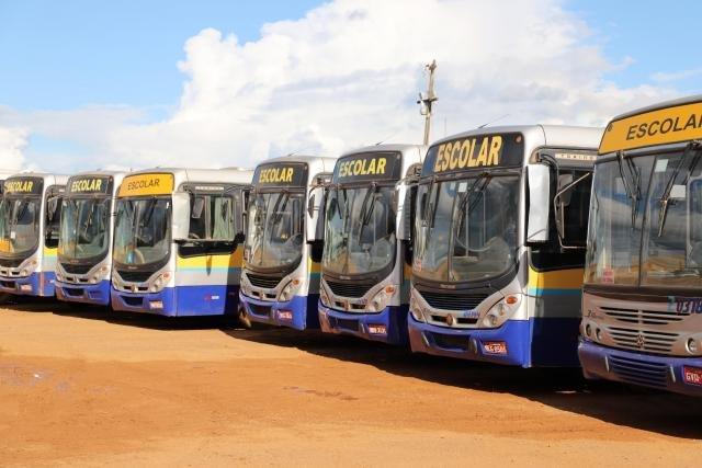 Transporte Escolar: Mais de 20 ônibus vão atender a Ponta do Abunã a partir da próxima segunda-feira - Gente de Opinião