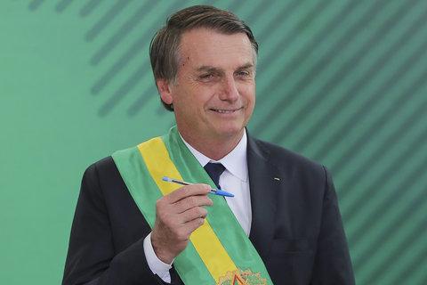 Decreto de Jair Bolsonaro extingue centenas de canais de participação social em políticas públicas