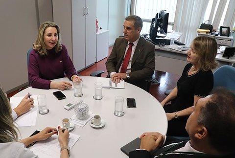 TRANSPOSIÇÃO: Decreto abrirá prazo para servidores da administração indireta, aposentados e pensionistas