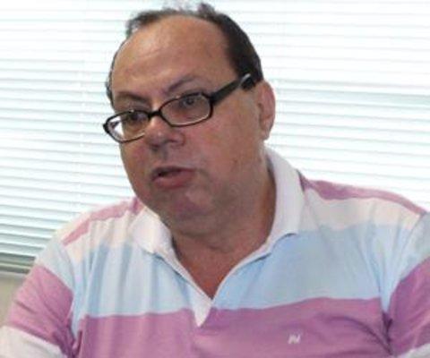 Buscando solução - Fugas agravam - Pau no tucano? - O ranking dos federais