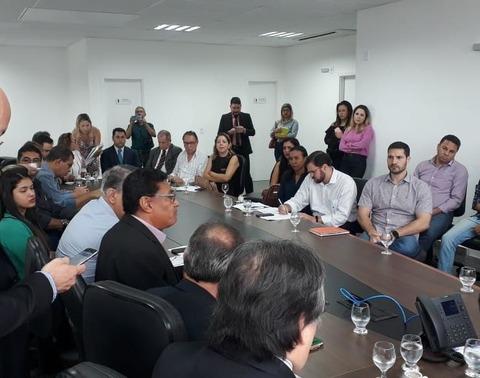 Empresários do setor de autopeças negociam com governo reajuste do MVA