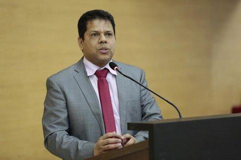 Jair Montes faz grave denúncia envolvendo diretora do Detran