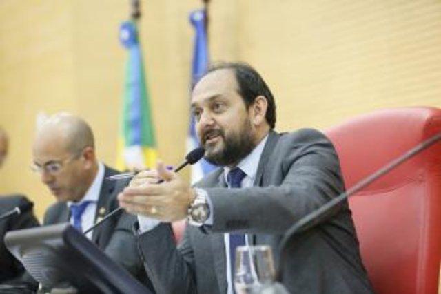 Presidente da Assembleia anuncia convocação dos primeiros aprovados no concurso para a próxima semana - Gente de Opinião
