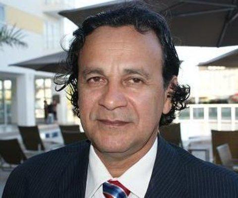 Junior Gonçalves, um neófito em articulação política - Descaso com o colégio estadual John Kennedy - O calvário de Everton Leoni chegou ao fim