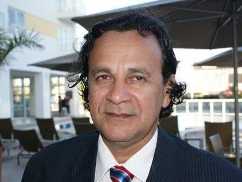 Laerte Gomes atento - Valdir Raupp deverá abrir mão do cargo na direção nacional. -Atuante Elton Assis na OAB