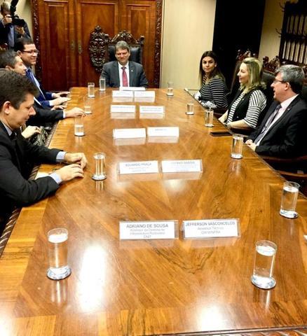 Jaqueline Cassol se reúne com ministro da infraestrutura para discutir a recuperação da ponte do Riozinho e rotas alternativas - Gente de Opinião