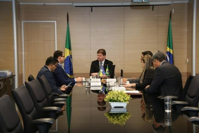 Ministro Canuto confirma aumento de R$ 800 milhões para o Minha Casa, Minha Vida - Gente de Opinião