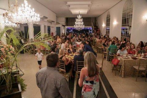 Casa Família Rosetta comemora sucesso do Chá