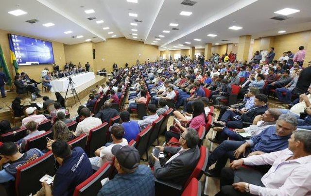 Crise no setor leiteiro é debatida durante audiência pública na Assembleia Legislativa - Gente de Opinião