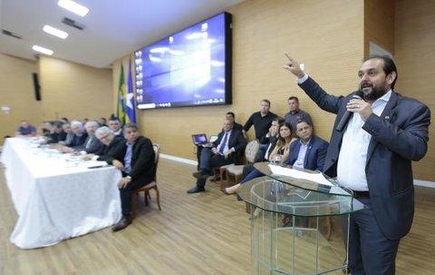 Laerte Gomes denuncia cartelização e combinação de preços pelos laticínios
