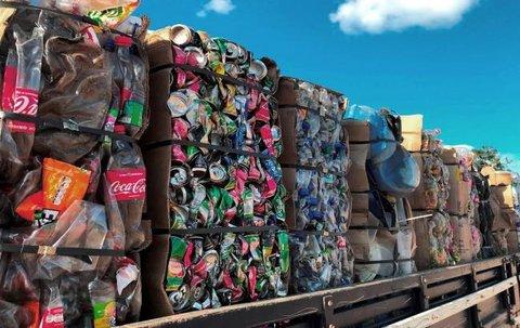 Hidrelétrica Santo Antônio doa resíduos recicláveis para cooperativas