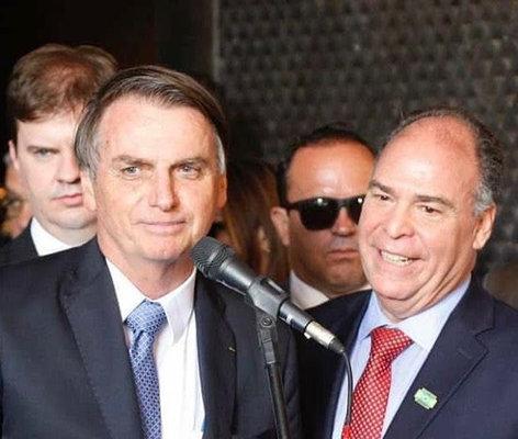 Bolsonaro: 'mitado' por ineptos aos poucos revela-se um farsante igual aos antecessores