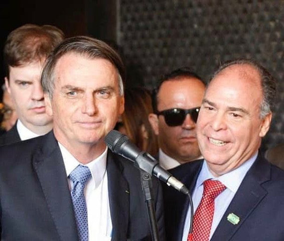Bolsonaro: 'mitado' por ineptos aos poucos revela-se um farsante igual aos antecessores - Gente de Opinião