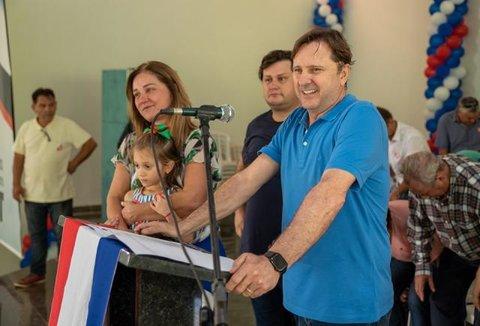 Senador Acir é recebido com emoção e entusiasmo em Ji-Paraná