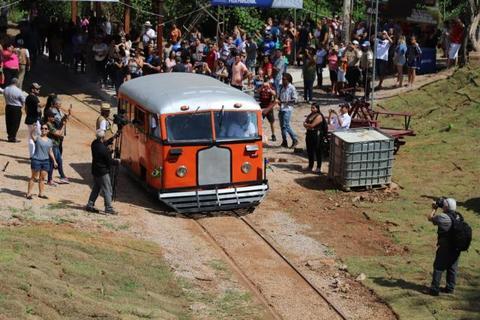 Passeio de litorina é inaugurado em Porto Velho