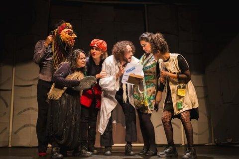 """Espetáculo """"Inimigos do Povo"""", vence 1º Madeira festival de teatro de Rondônia"""