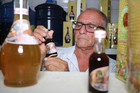 Professor universitário decidiu investir em sonho de se tornar produtor de licor em Ji-Paraná