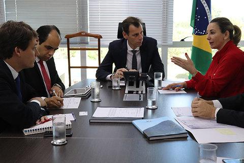 Melhorias em aeroportos de Rondônia são anunciadas por Jaqueline Cassol