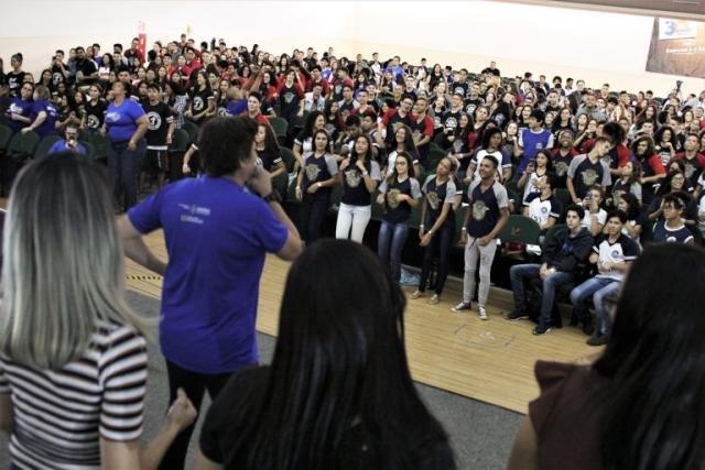 Aulão Seduc em parceria com a Faro movimentou quase mil alunos da rede pública de ensino de Porto Velho - Gente de Opinião