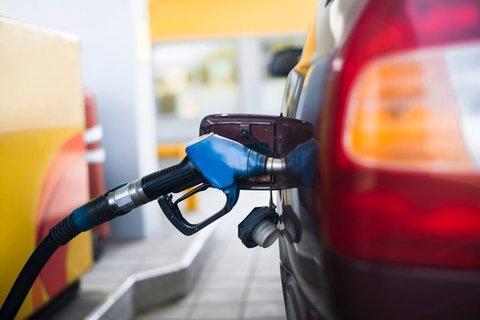 Petrobras reduz o preço da gasolina em 4,4% e do diesel em 3,8%
