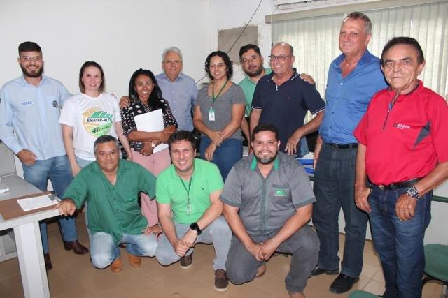 Adelino Follador participar de reunião na Emater, com vice-governador - Gente de Opinião