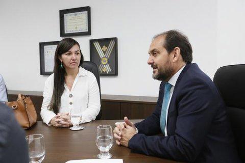 Presidente Laerte Gomes indica construção de pontes em Chupinguaia