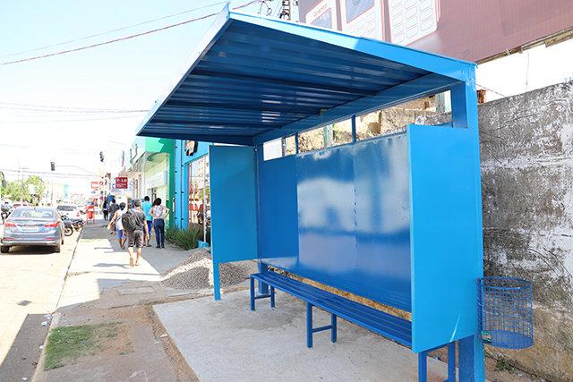 Porto Velho: Prefeitura instala novos abrigos de ônibus em diversas partes da cidade - Gente de Opinião