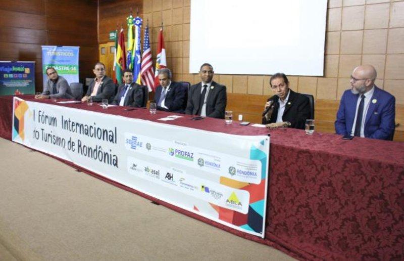 Turismo de Pesca e Desenvolvimento Aéreo Regional são discutidos durante I Fórum Internacional do Turismo de Rondônia