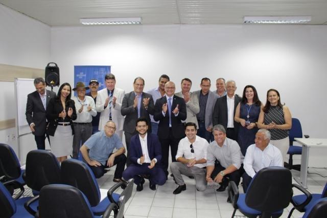 Presidente de Conselho Estadual e colaboradores do Sebrae recebem Superintendente da Suframa - Gente de Opinião