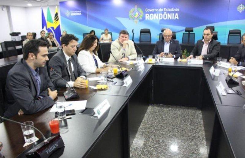 Fecomércio defende o fomento da economia e do turismo durante reunião com comitiva da Suframa