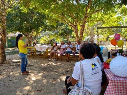 Idosos visitam o Parque Natural de Porto Velho