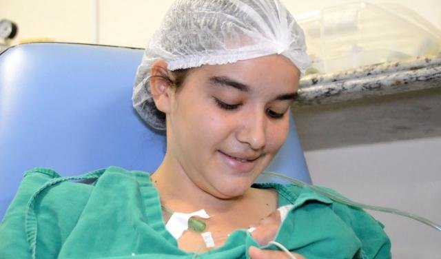 Método Canguru promove a aproximação entre família e bebê através do contato pele a pele - Gente de Opinião