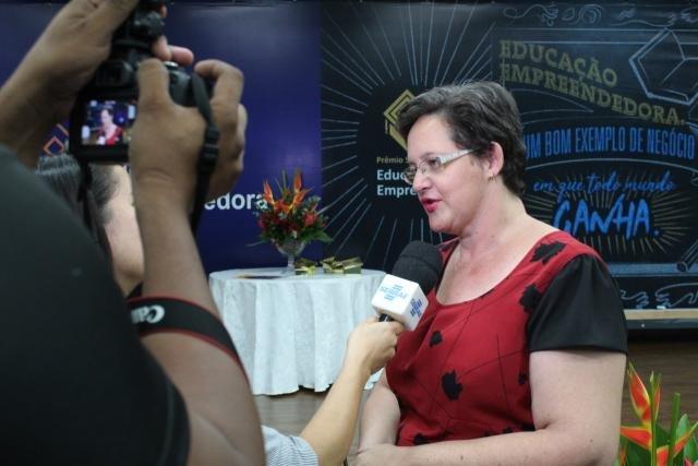 Professora Ana Laura Basso Royer da Silva - Gente de Opinião