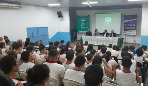 TCE retoma TCEndo Cidadania e anuncia que aplicativo Opine aí vai avaliar qualidade dos serviços prestados pelas escolas de Rondônia