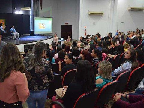 Mais de 300 pessoas participam da Conferência Municipal sobre Autismo em Rolim de Moura