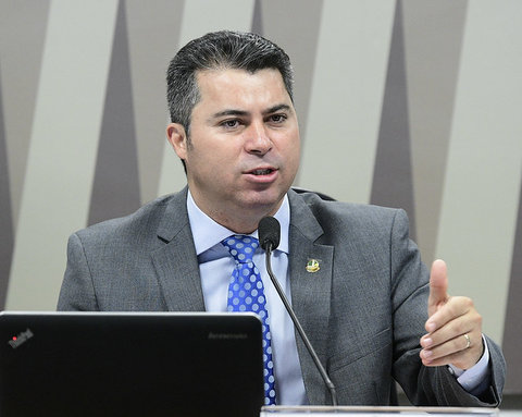 Marcos Rogério quer gasoduto para baratear energia elétrica em Rondônia