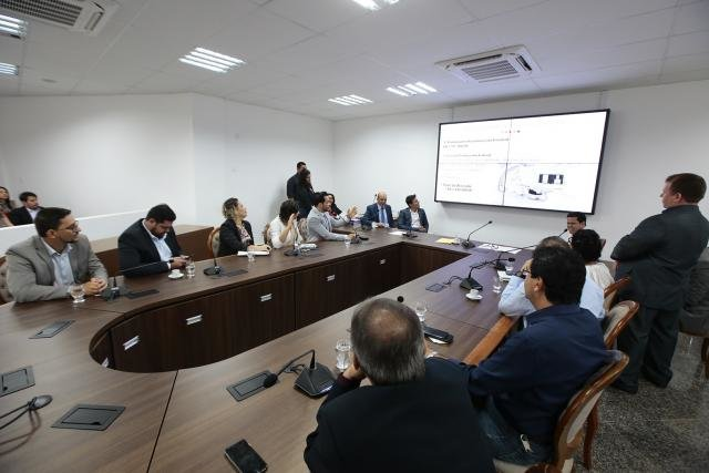 Comissão recebe o secretário de Estado da Saúde, que explica ações da pasta - Gente de Opinião