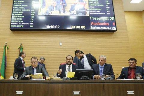 Deputados garantem redução de taxas cartorárias para população rondoniense