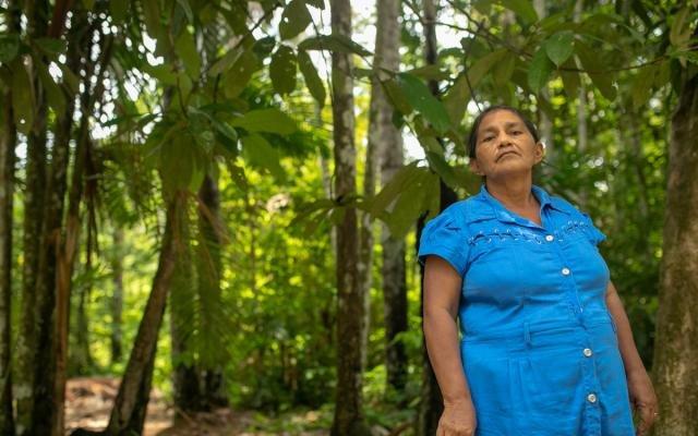 Parteira de comunidade da Reserva de Desenvolvimento Sustentável Mamirauá (Foto: Everson Tavares) - Gente de Opinião