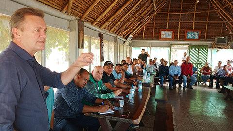 Deputado Luizinho Goebel participa de encontro para implantação da Pesca Cota Zero no Rio Guaporé